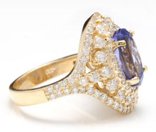 Load image into Gallery viewer, 5.50 Carats Natural Splendid Tanzanite and Diamond 14K Solid Yellow Gold Ring