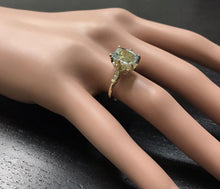 Load image into Gallery viewer, 3.08 Carats Impressive Natural Aquamarine and Diamond 14K Yellow Gold Ring