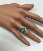 Load image into Gallery viewer, 2.20 Carats Natural Colombian Emerald and Diamond 14K Solid White Gold Ring