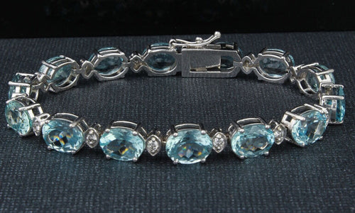 Very Impressive 25.75 Carats Natural Aquamarine & Diamond 14K Solid White Gold Bracelet