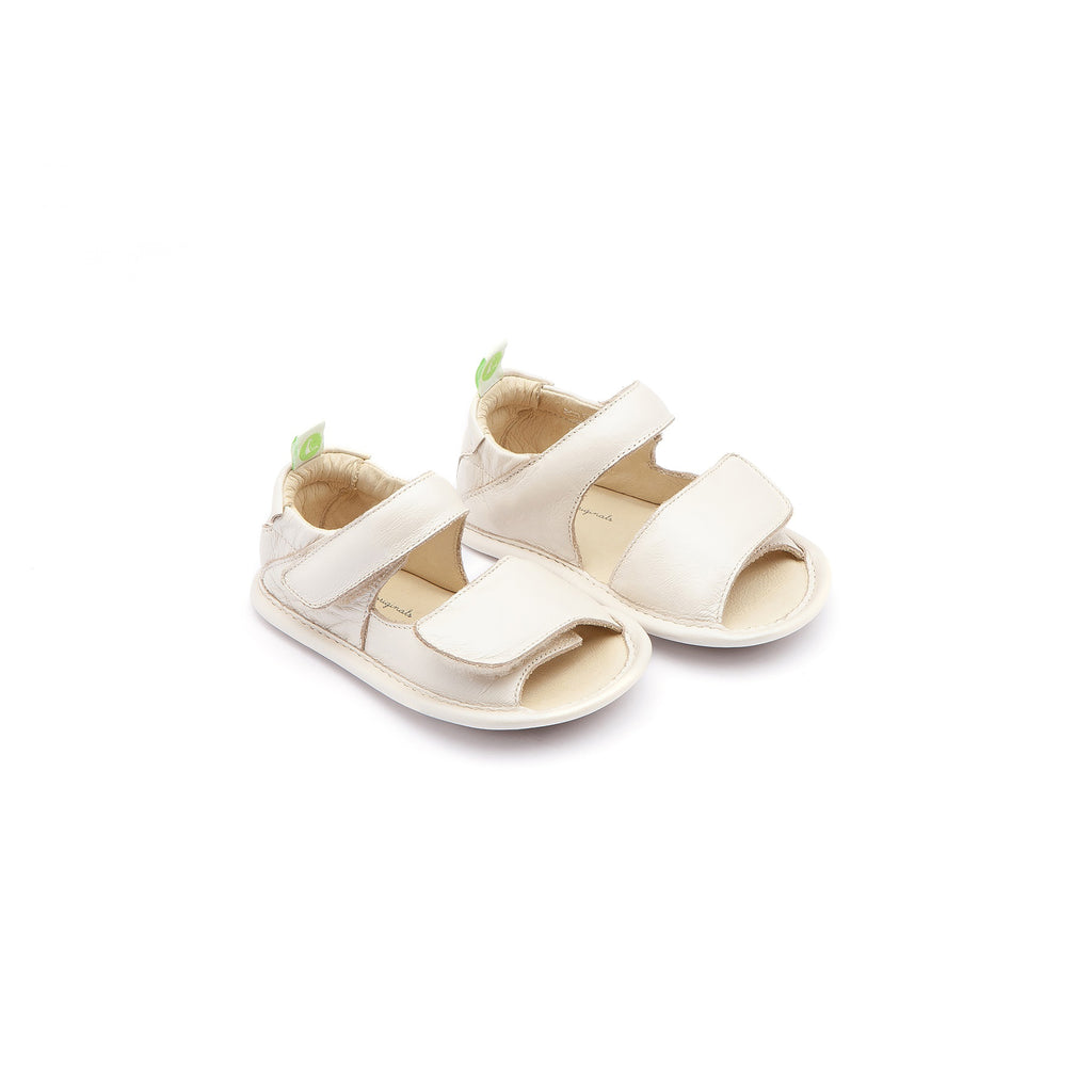 42af5c51e Tip Toey Joey. Baby Girls White Leather Sandals