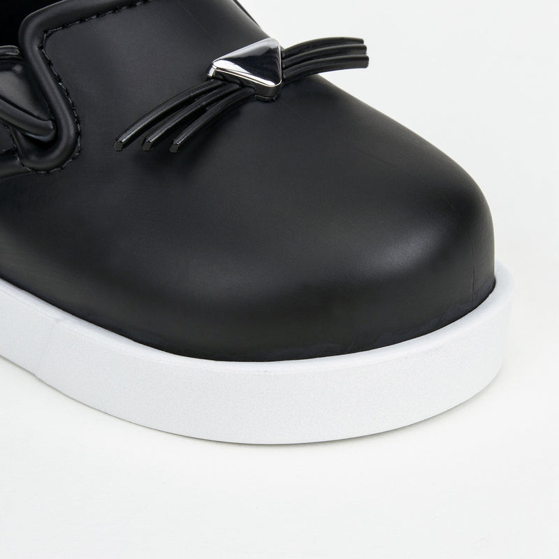 Boys &Girls Black 'Cat' Slip-On Shoes