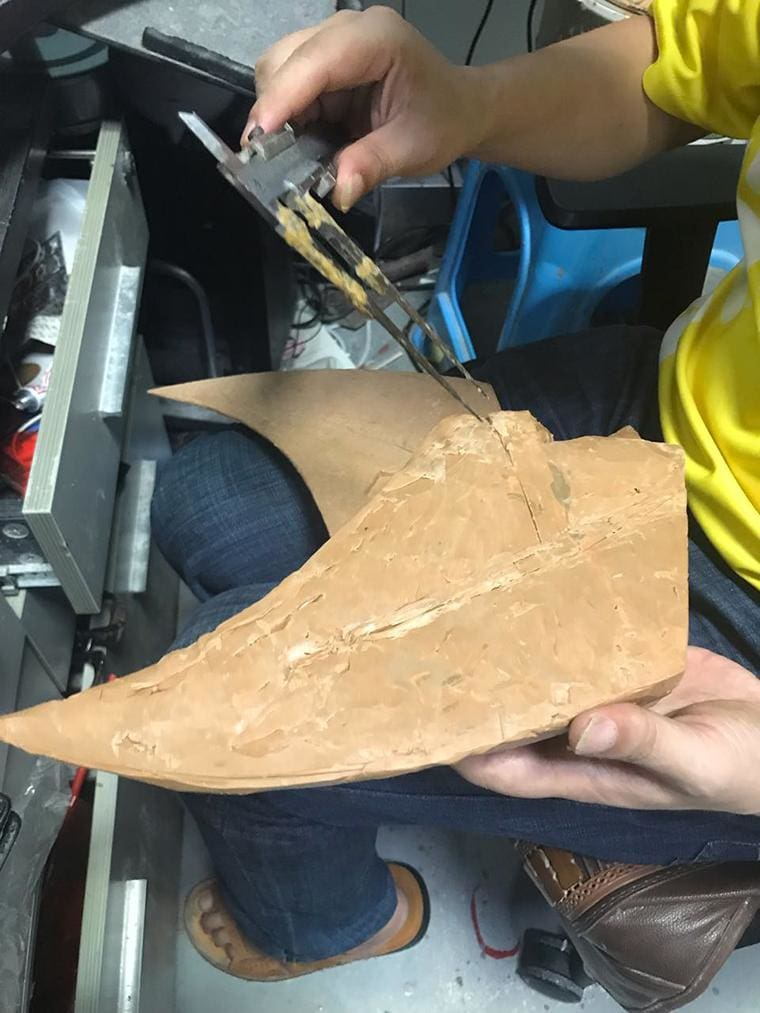 Designer Daily X-Men Wolverine Cosplay Resin Mask Production process