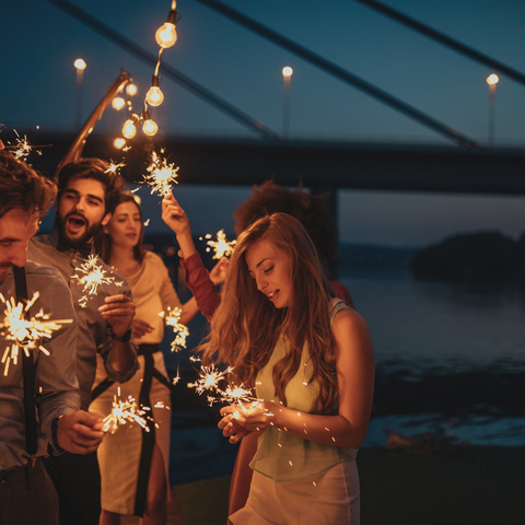 26-Party-Sparklers-Tips-image-2