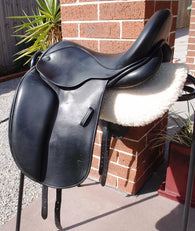 "17"" Mal Byrne  Monoflap Dressage Saddle MW-W"