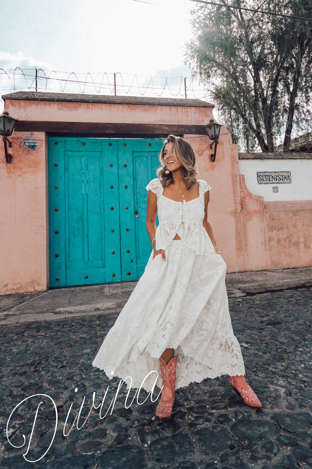 Divina by Tulle and Batiste