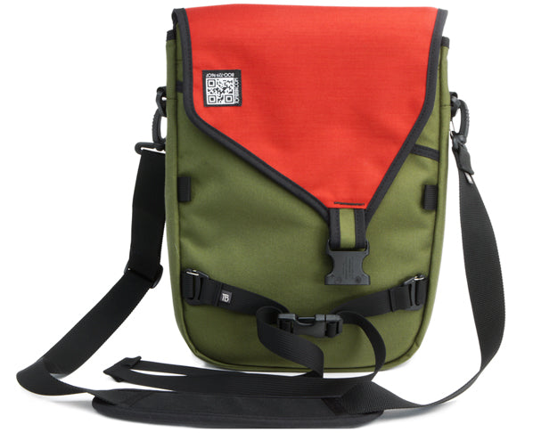 "Ristretto vertical messenger bag for 13"" MacBook Air or MacBook Pro by TOM BIHN"