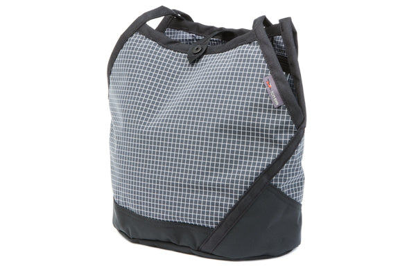 TOM BIHN Swift in 400d Dyneema/nylon, Steel