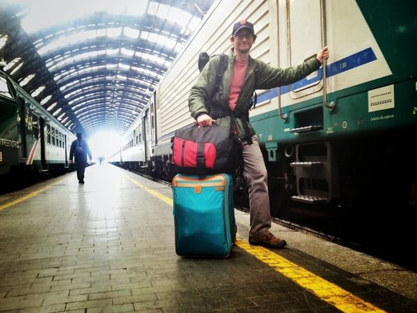 Photo by Beers & Beans: hanging out in Italy with the TOM BIHN ID
