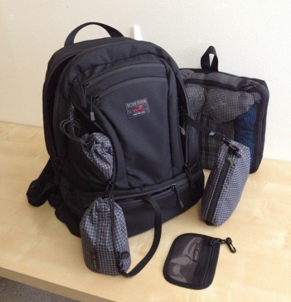 Snarky Nomad on the TOM BIHN Synapse 25 Backpack | So this is probably the best laptop backpack out there