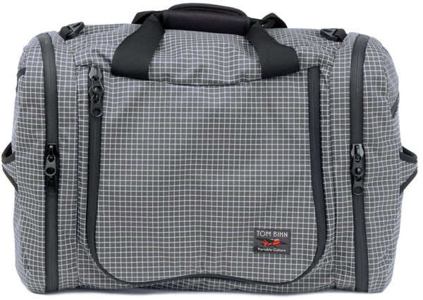 TOM BIHN Aeronaut: a 20% lighter travel bag