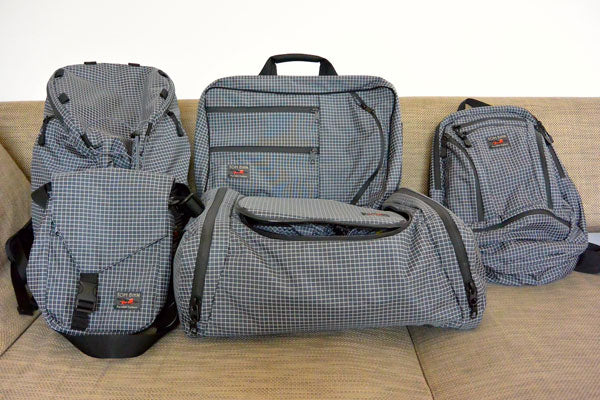 TOM BIHN Dyneema/nylon