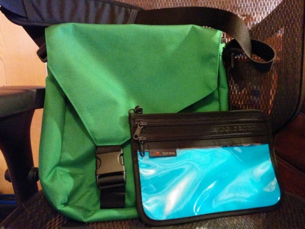 """lacyfinn's Kelly Large Cafe Bag and Turquoise Double Organizer Pouch: """"They are beautiful together!"""""""