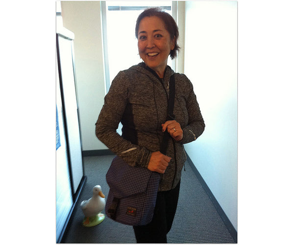 Lani with her Small Cafe Bag in Nordic/Ultraviolet