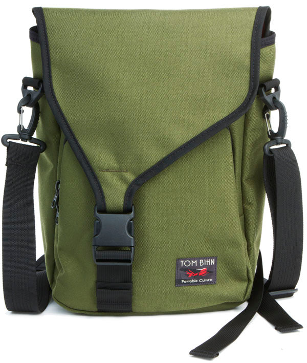 """Ristretto Vertical Messenger Bag for 11"""" Apple MacBook Air in Olive/Cayenne"""