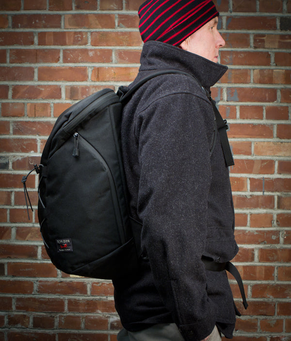 The Smart Alec by TOM BIHN