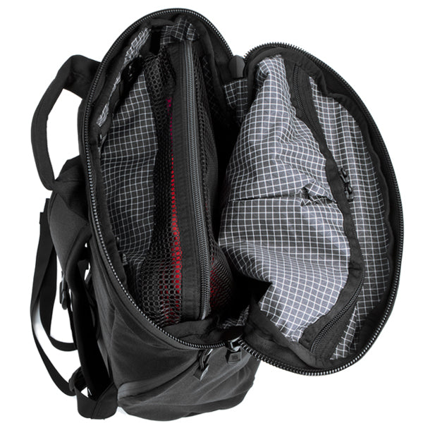 TOM BIHN Packing Cubes in the Smart Alec