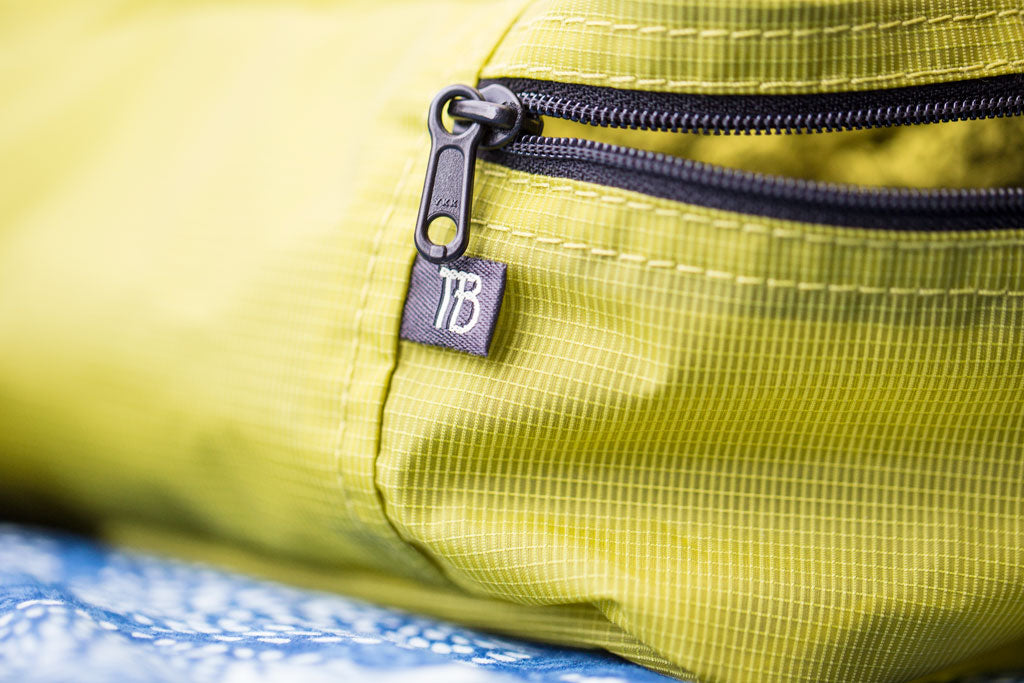 TOM BIHN Aether Fabric Packing Cube in Wasabi