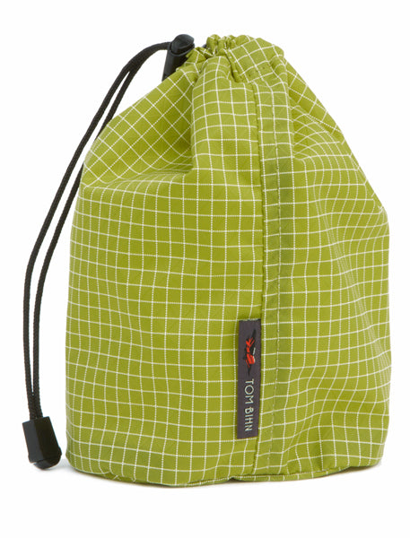 TOM BIHN Travel Stuff Sack in Wasabi