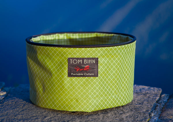 TOM BIHN Travel Tray in Wasabi