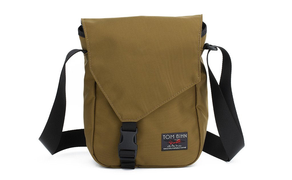 A Small Cafe Bag in Coyote (brown) 525 Ballistic.