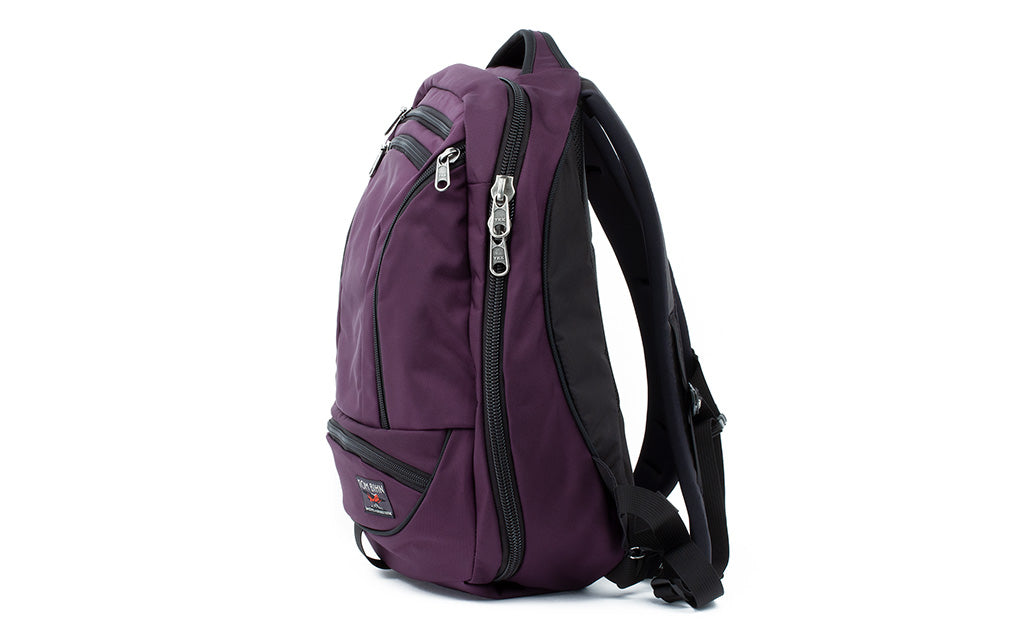 Side profile of Synik 22 in Aubergine