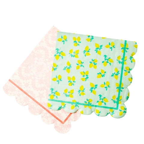 20 Paper Napkins with Scallop Edge in 2 Assorted Prints