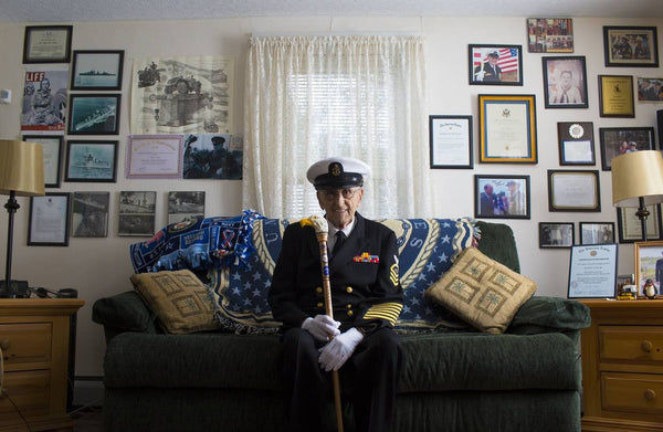 Veteran Returns to Pearl Harbor for 75th Anniversary