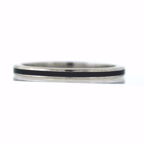 4.6gms with Enamel, 14K White Gold Band BD0791