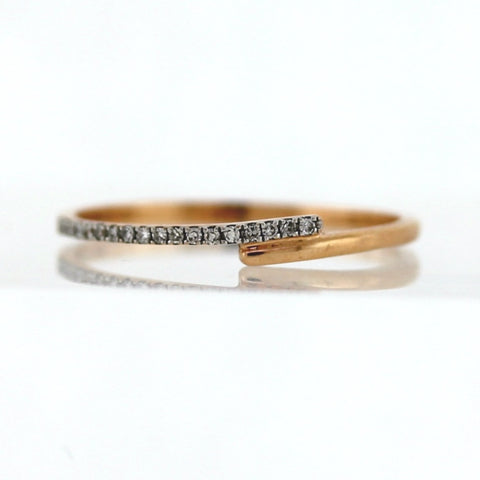 Estate 18 Diamonds =.18ctw .96gr stamped BZR 14K Rose Gold Band BD0874
