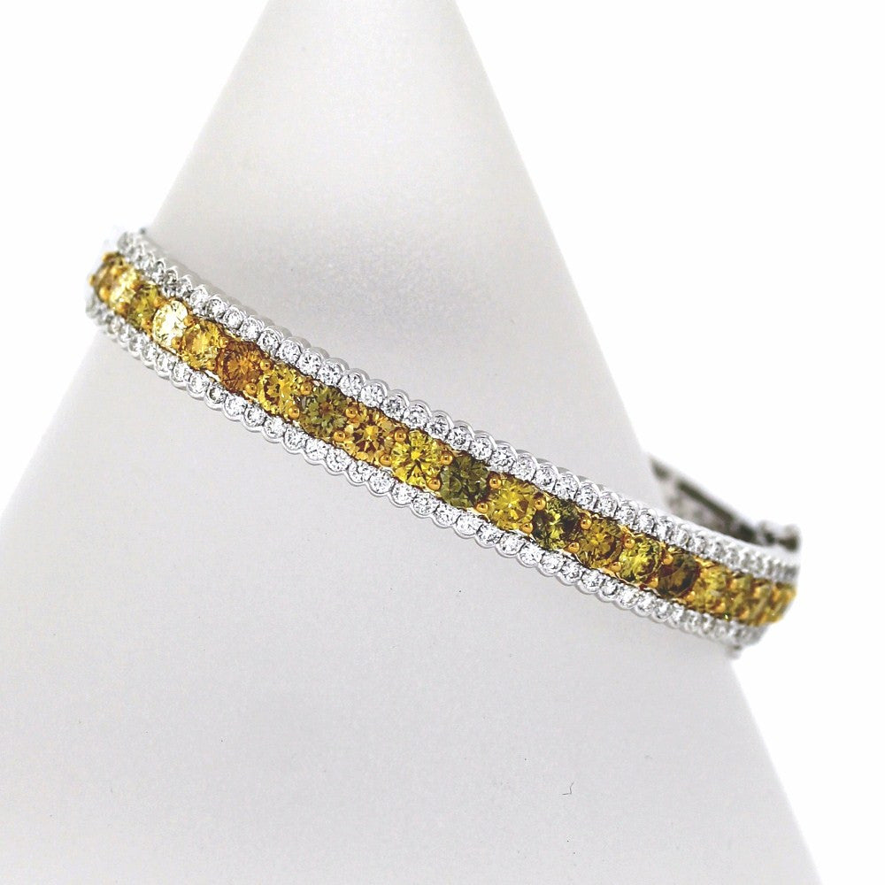 22 Fancy Yellow Round = 90 Round Brilliant = 2.3126.38gr 50 X 60MM Two Tone 18K Gold Bracelet BR2283