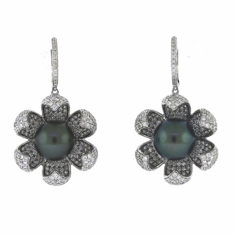 586 Round Brilliant = 5.58cts 12MM Black Tahitian Pearls 16.07gr Flower Blossom Dangle 18K White Gold ER2015