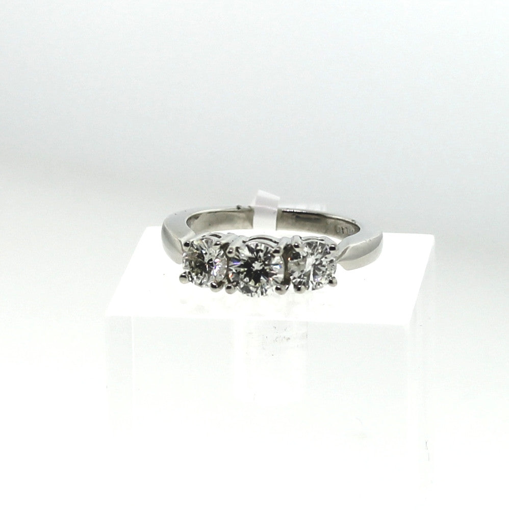 Estate 3 Round Brilliant = 1.50ctw Platinum Lady's Ring LR1300