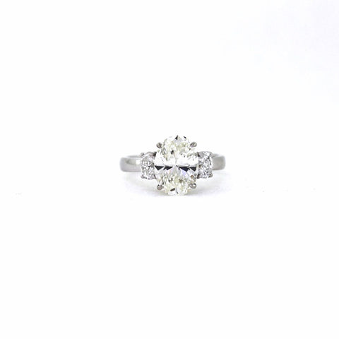 3.02 ct. Oval Cut Diamond H VS1 and 2 Oval Cut = 0.62 ct E VS2, Platinum Ring GIA # 2151896437 D16292 LR1626