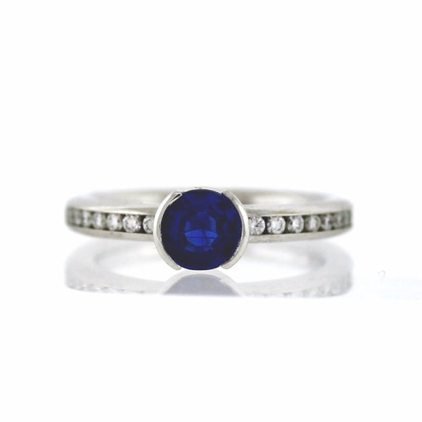 Estate 26 Round Brilliant = .26ctw Kyanite = 1.08 14K White Gold Lady's Ring LR1884