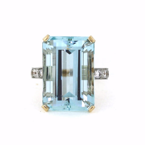 Estate Vintage 22.33ct Aquamarine, 6 Round Brilliant Diamonds = .60 ctw, 10.82gr Signed D&F, 14K Yellow Gold LR2755