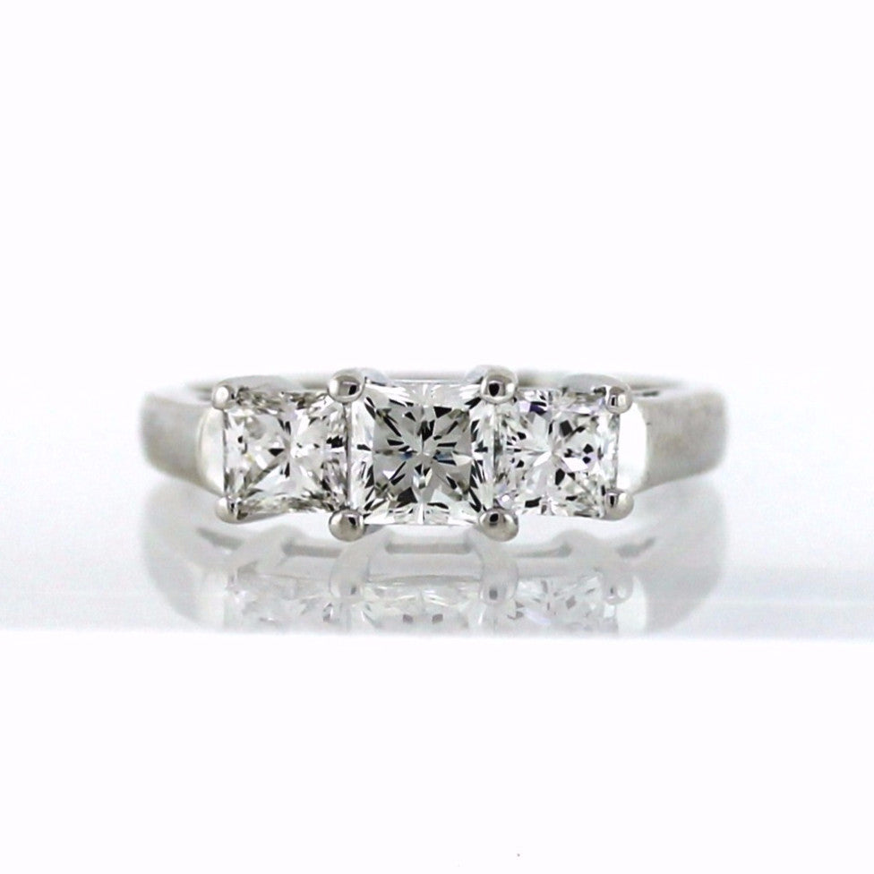 Estate 3 Princess Cut = 1.25ctw Center inscribed 40816208 18K White Gold Lady's Ring LR2763