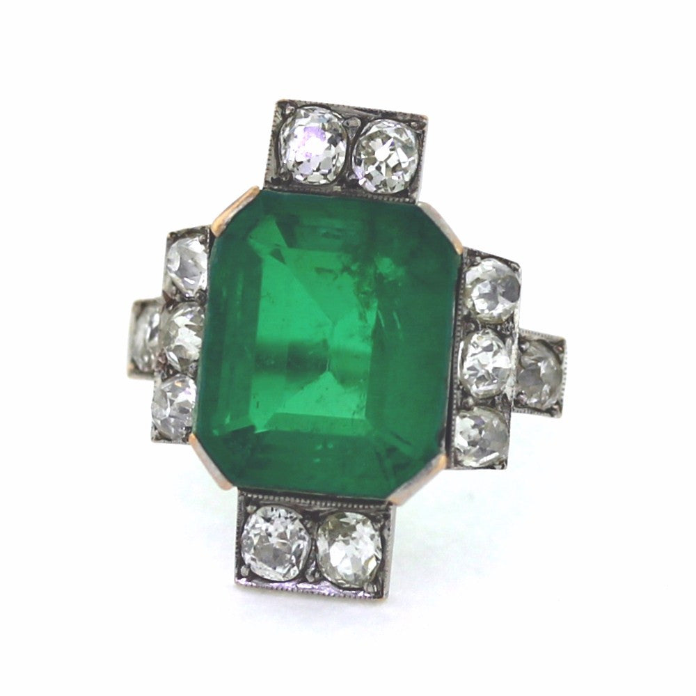 Estate Green Stone 12 Old European Cut = 3.00ctw Weights Approx. 6.5gr 14K White Gold Lady's Ring LR3039