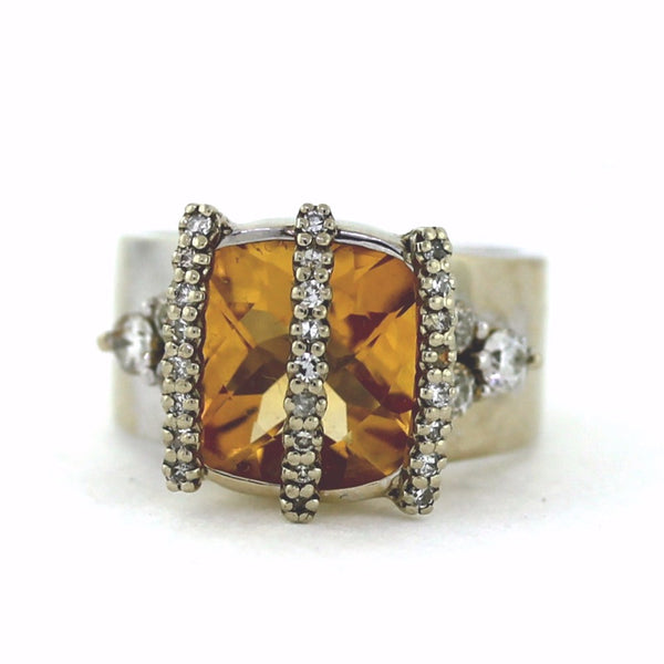 Estate Faceted Citrine 6 Round Brilliant = .60 25 Single Cut = .25 14.9gr 14K White Gold Lady's Ring LR3119