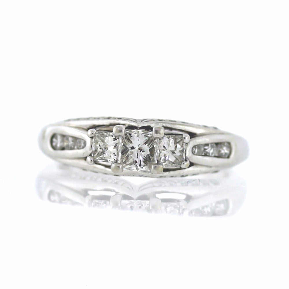 Estate 3 Princess Cut 30 Round Brilliant = .90ctw 4.18gr 14K White Gold Lady's Ring LR3146