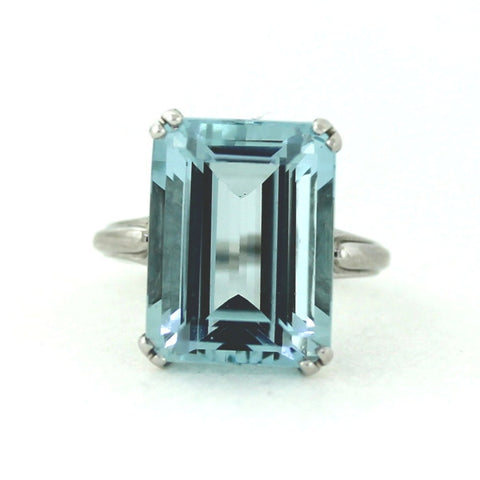 Estate Emerald Cut Aquamarine 13.01ct Solitaire 4.78gr 14K White Gold Lady's Ring LR3169
