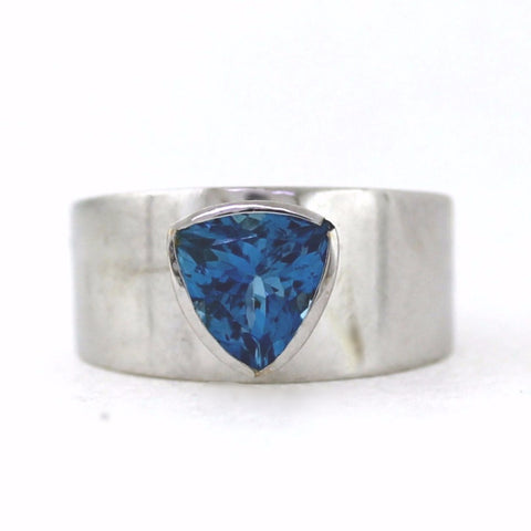 Estate 2.00ct Aqua Trillion 7.5gr 18K White Gold Lady's Ring LR3256