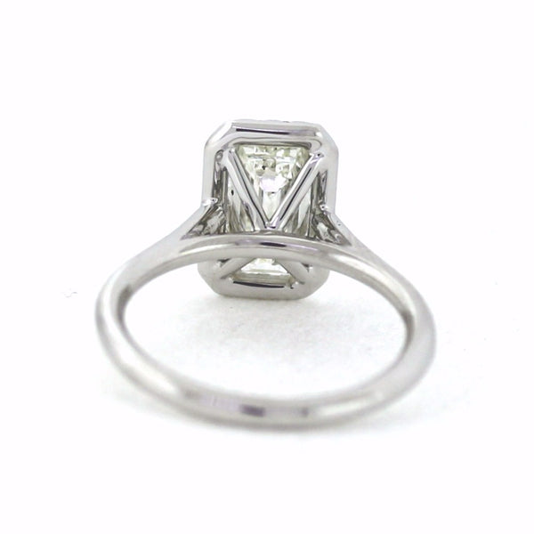 22 Round Brilliant Diamonds = 0.16ct & 2.01 H SI1 SINGLE HALO, 18K White Gold Lady's Ring LR3269, D17215