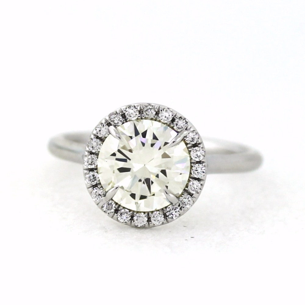20 Round Brilliant Diamonds = 0.17ct & 2.10 L VS1 SINGLE HALO 4.2gr, 18K White Gold Lady's Ring LR3272, D17248