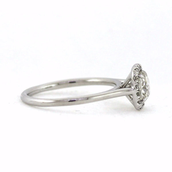 1 Cushion Cut Diamond = 1.00ct H SI2 16 Round Brilliant Diamonds = .12cts 2.9gr, 18K White Gold Ring LR3332