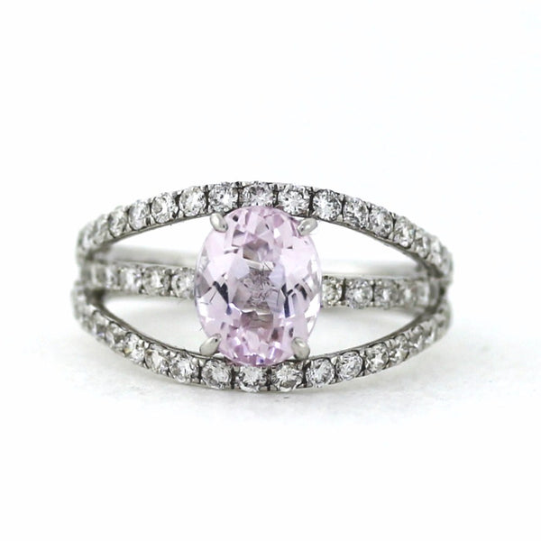 1 Oval Kunzite = 2.25cts 53 Round Brilliant = 1.14ctw Size 6.5 18K White Gold Lady's Ring SMNT1353