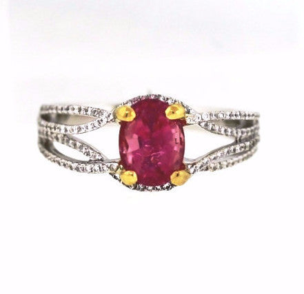 136 Round Brilliant = .28cts 1.36 Pink Tourmaline 1.40 18K White Gold Lady's Ring SMNT1458