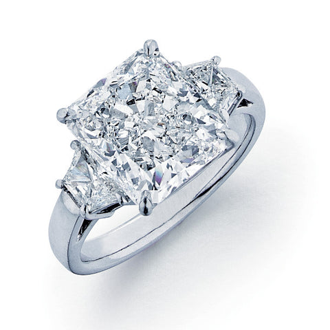 2 Trapezoid Diamonds = 0.58ct H SI1 4.05 E VS2 GIA = 2125445701, Platinum Lady's Ring SMNT1489, DX0485
