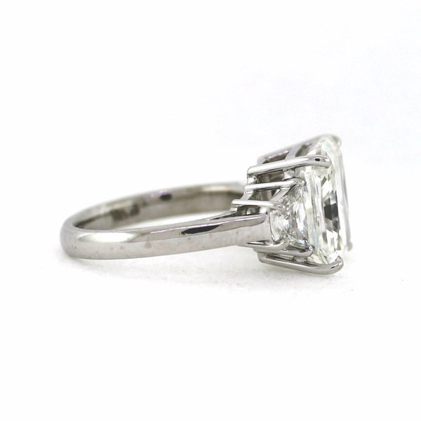 Radiant Cut Diamond 6.95 G-SI1 and 2 Trapezoids =.87 ct, Platinum Ring GIA # 13442326 D16094 LR0659