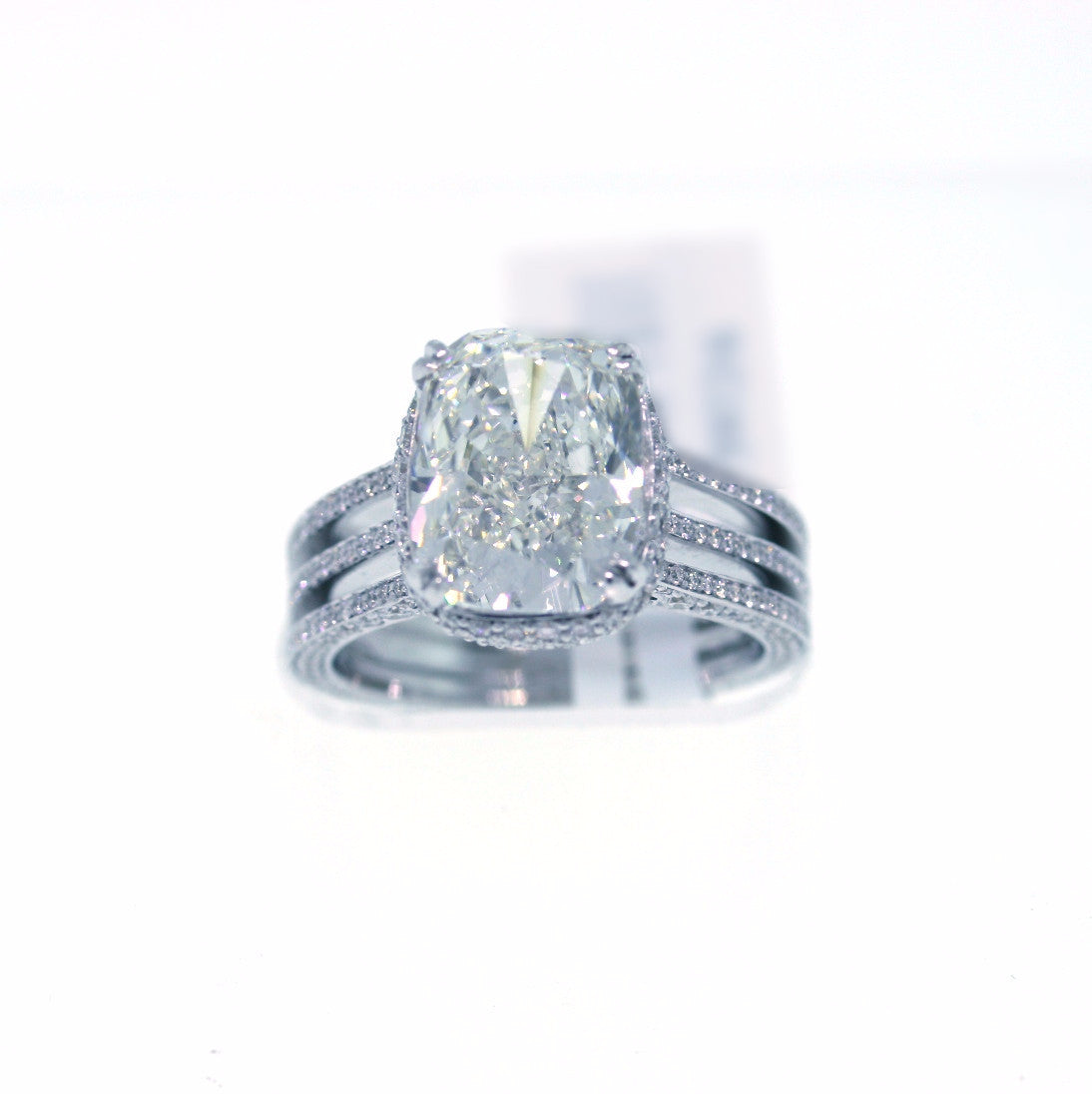 368 Round Brilliant = 1.35 18K White Gold Lady's Ring SMNT1275